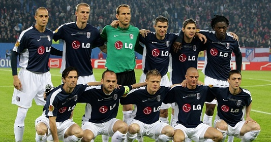 Team photo of Fulham player before Europa League Final